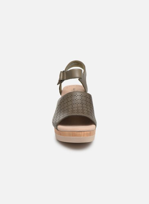 Sandals Clarks Cammy Glory Green model view