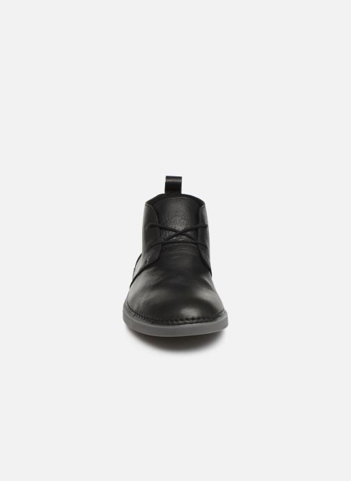 Snøresko Clarks Hale Lo Sort se skoene på