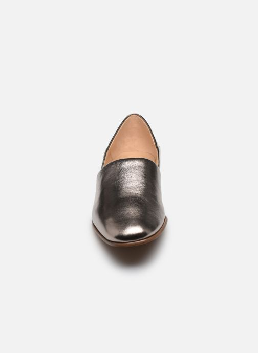 Mocassins Clarks Pure Tone Argent vue portées chaussures