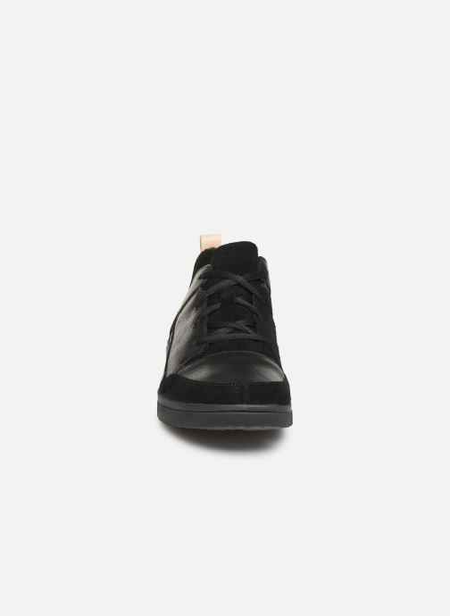 Trainers Clarks Tri Verve Black model view