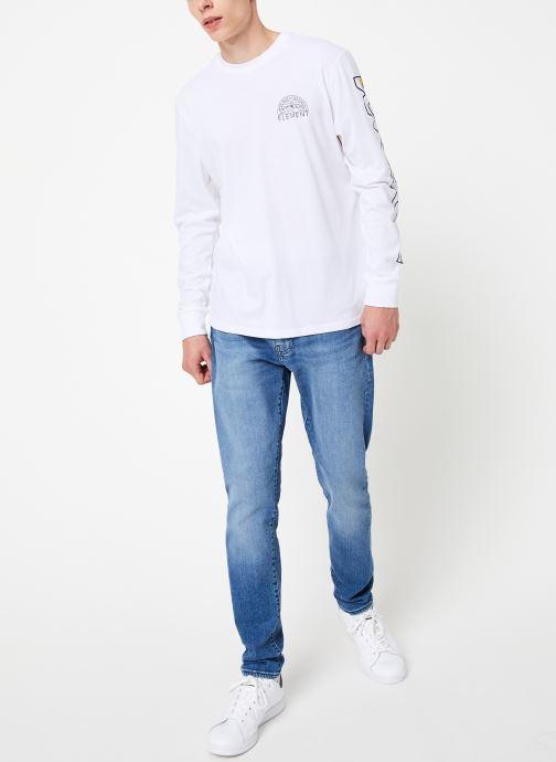 Vêtements Element Odyssey ls C Blanc vue bas / vue portée sac