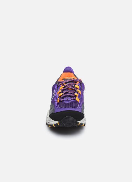 Sneakers New Balance ML801 Viola modello indossato
