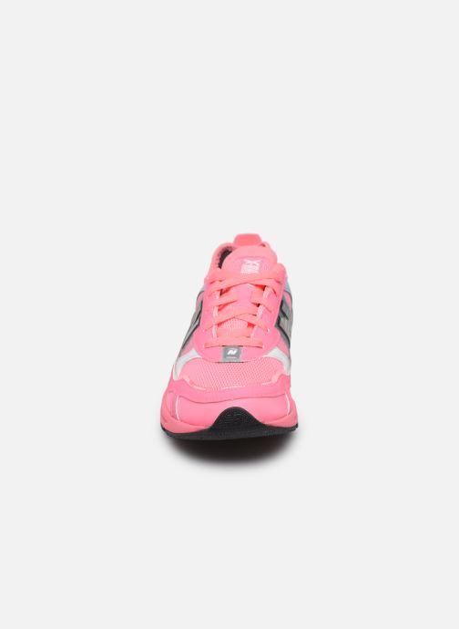 Sneakers New Balance WSXRCH Pink se skoene på