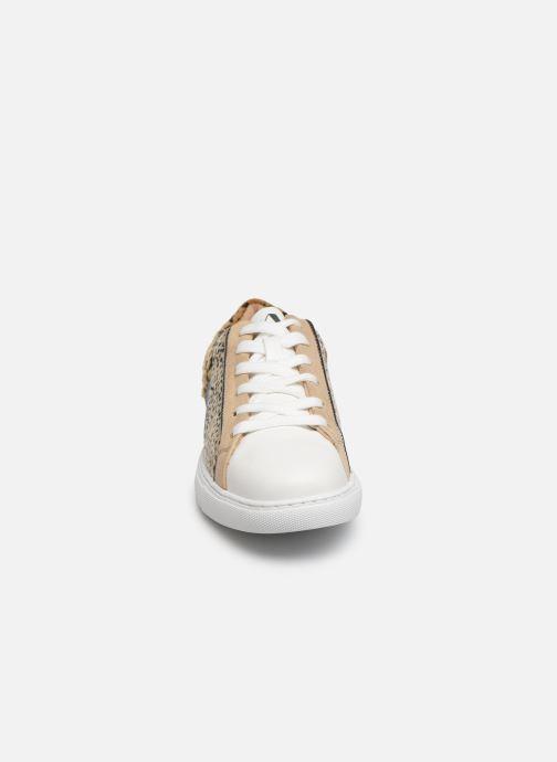Baskets Vanessa Wu BK2011 Beige vue portées chaussures