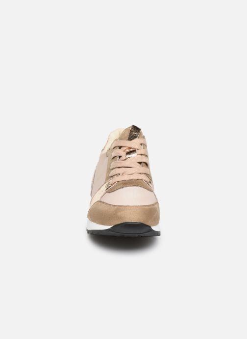 Baskets Vanessa Wu BK2024 Beige vue portées chaussures