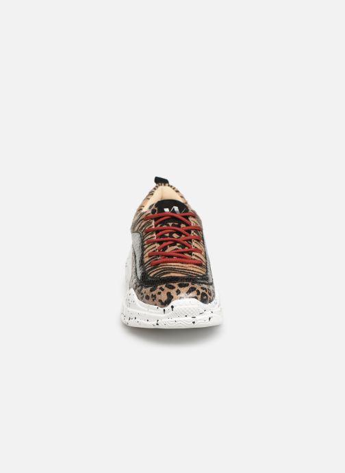 Baskets Vanessa Wu BK2007 Beige vue portées chaussures