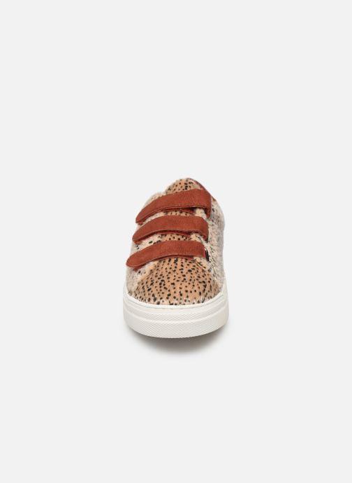 Baskets Vanessa Wu BK2036 Beige vue portées chaussures