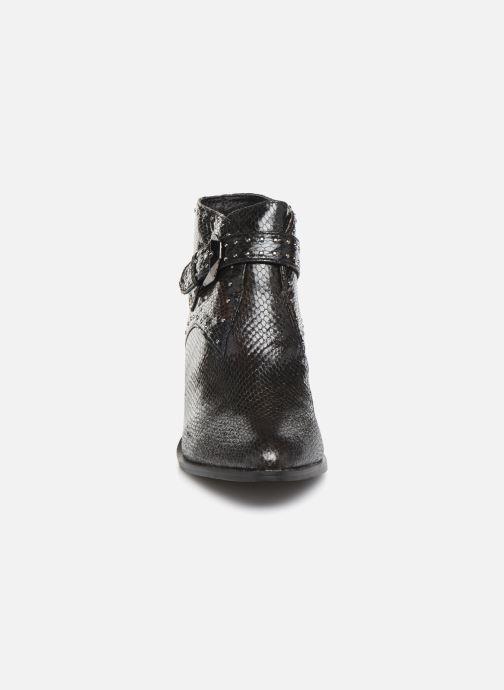 Bottines et boots Vanessa Wu BT2015 Noir vue portées chaussures
