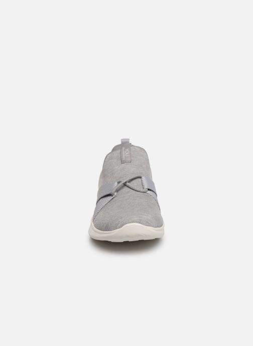 Trainers Skechers Serene/Poised Grey model view