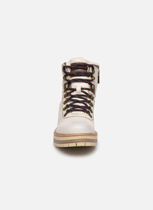 Bottines et boots Mustang shoes Ahmza Beige vue portées chaussures