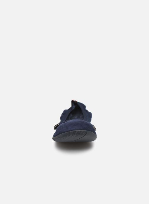 Ballerines LPB -LES PETITES BOMBES AVA Bleu vue portées chaussures