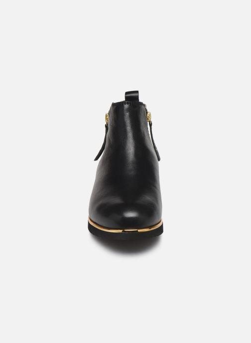 Ankle boots Pédiconfort Sand C Black model view