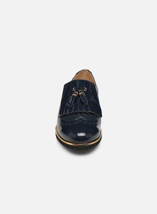 Mocassins Pédiconfort Milene C Bleu vue portées chaussures
