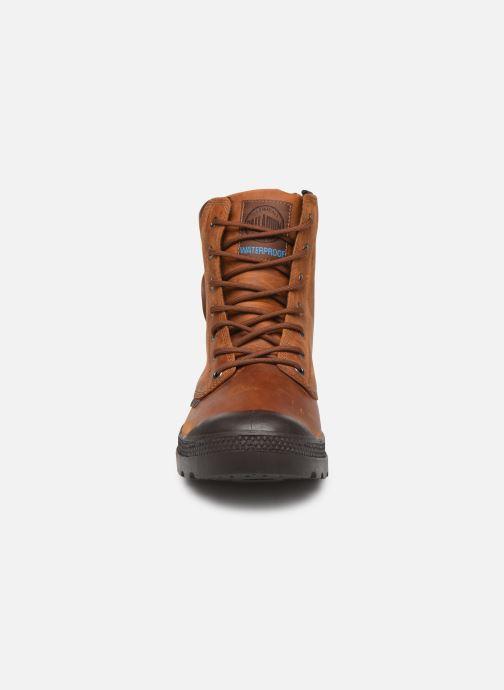 Bottines et boots Palladium Pampa Cuff WP Lux Marron vue portées chaussures