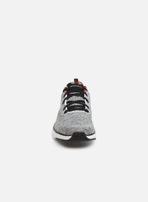 Zapatillas de deporte Skechers Solar Fuse Kryzik Gris vista del modelo