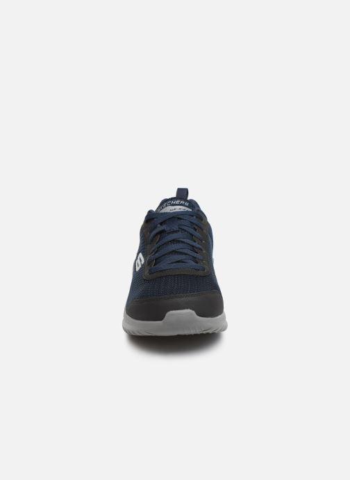 Chaussures de sport Skechers Ultra Flex M Bleu vue portées chaussures