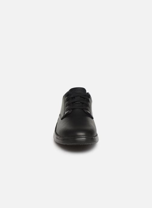 Baskets Skechers Status 2.0 Arleno Noir vue portées chaussures