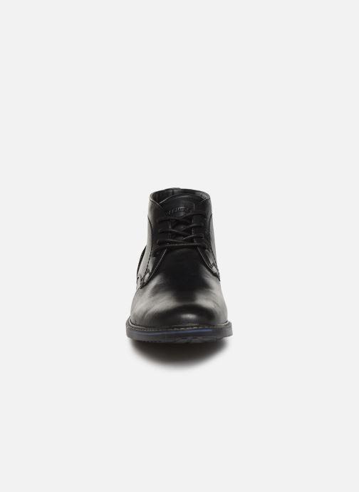Zapatos con cordones Skechers Bregman Calsen Negro vista del modelo