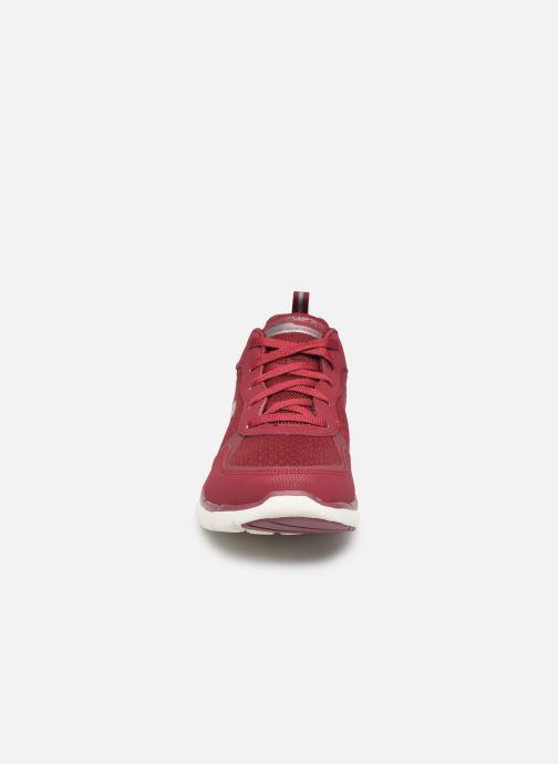 Chaussures de sport Skechers Flex Appeal 3.0 Go Forward Bordeaux vue portées chaussures