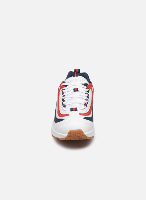 Baskets Skechers Uno Circle Street Blanc vue portées chaussures