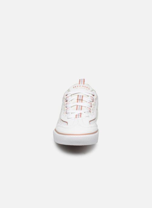 Deportivas Skechers V'lites Street Stance Blanco vista del modelo