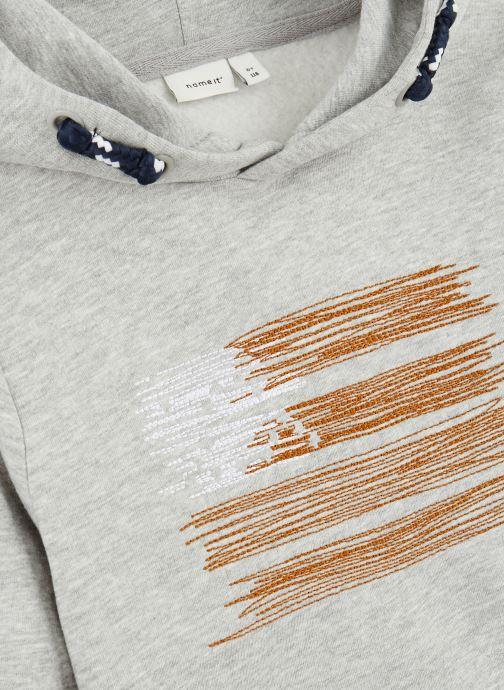 Vêtements Name it Sweatshirt Hoodie Nkmopilo Ls Sweat Wh Bru Gris vue portées chaussures