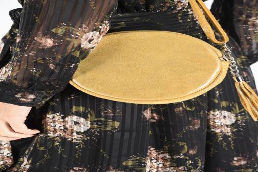 Bolsos de mano Georgia Rose Mouna Leather Amarillo vista de abajo