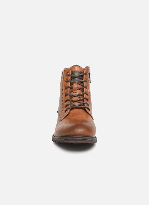 Bottines et boots Mustang shoes Rob Marron vue portées chaussures