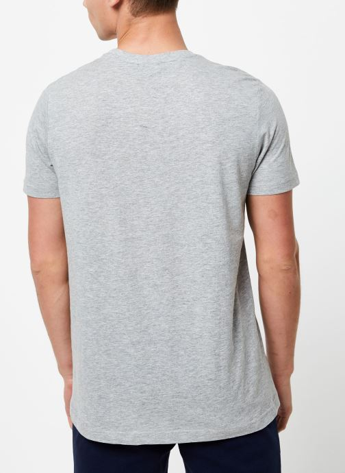 Vêtements Hummel Hmljonas T-Shirt S/S Gris vue portées chaussures