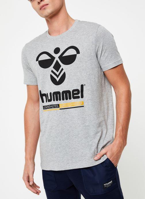 Vêtements Hummel Hmljonas T-Shirt S/S Gris vue détail/paire
