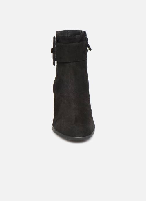 Bottines et boots Geox DCALINDAMID2 Noir vue portées chaussures