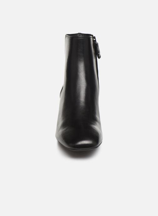 Boots en enkellaarsjes Geox DSEYLA2 Zwart model