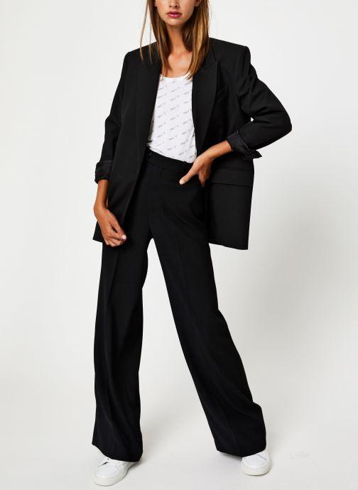 Vêtements I.Code Tee-Shirt MC Paillettes QP10044 Blanc vue bas / vue portée sac
