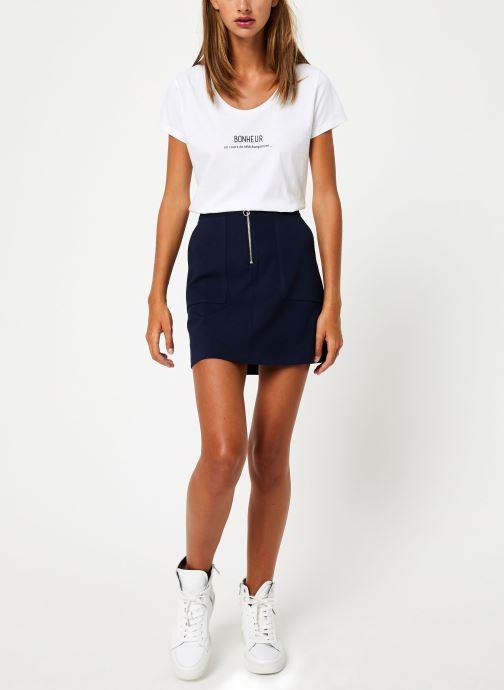 Vêtements I.Code Tee-Shirt Bonheur QP10114 Blanc vue bas / vue portée sac