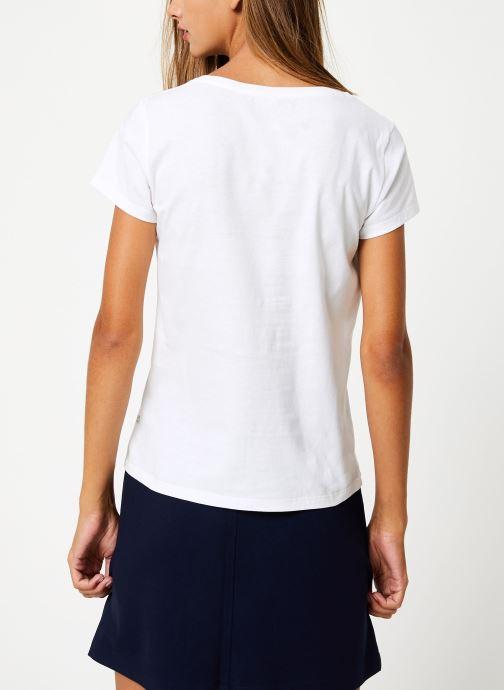 Vêtements I.Code Tee-Shirt Bonheur QP10114 Blanc vue portées chaussures