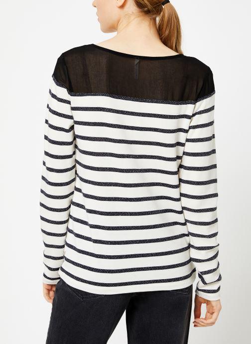 Vêtements I.Code Tee-Shirt Raye QP10134 Noir vue portées chaussures