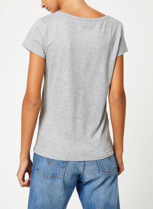 Vêtements I.Code Tee-Shirt  Girl Boss QP10154 Gris vue portées chaussures