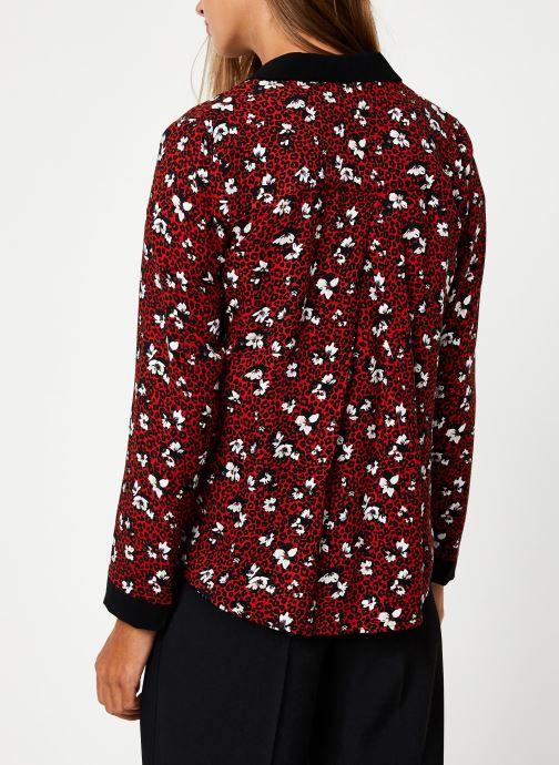 Vêtements I.Code Chemise Leopard QP12104 Rouge vue portées chaussures