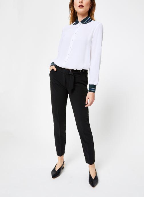 Vêtements I.Code Pantalon City Noir QP22124 Noir vue bas / vue portée sac