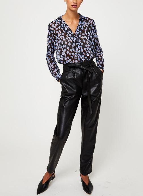 Vêtements Yuka BLOUSE BENJI Noir vue bas / vue portée sac