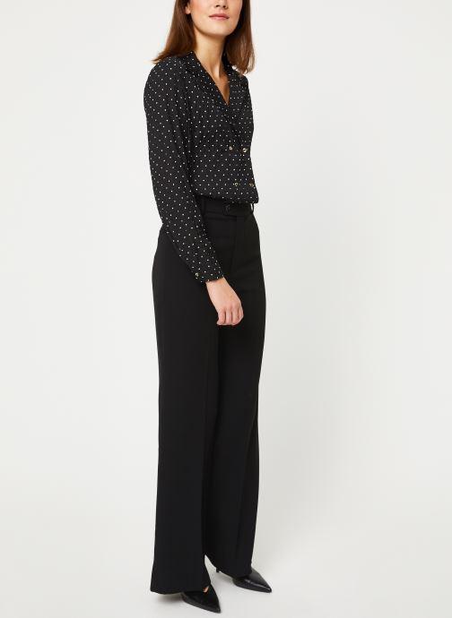 Vêtements Yuka BLOUSE BETY Noir vue bas / vue portée sac