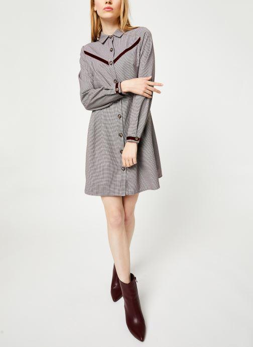 Vêtements Yuka ROBE ROMANE Bordeaux vue bas / vue portée sac