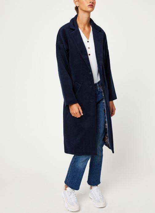 Vêtements Yuka MANTEAU MAITE Bleu vue bas / vue portée sac