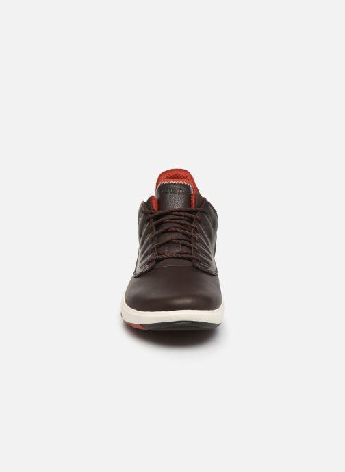 Sneakers Geox U MODUAL B ABX Marrone modello indossato