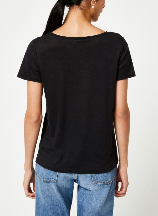 Vêtements Vila Vinoel T-Shirt Noir vue portées chaussures