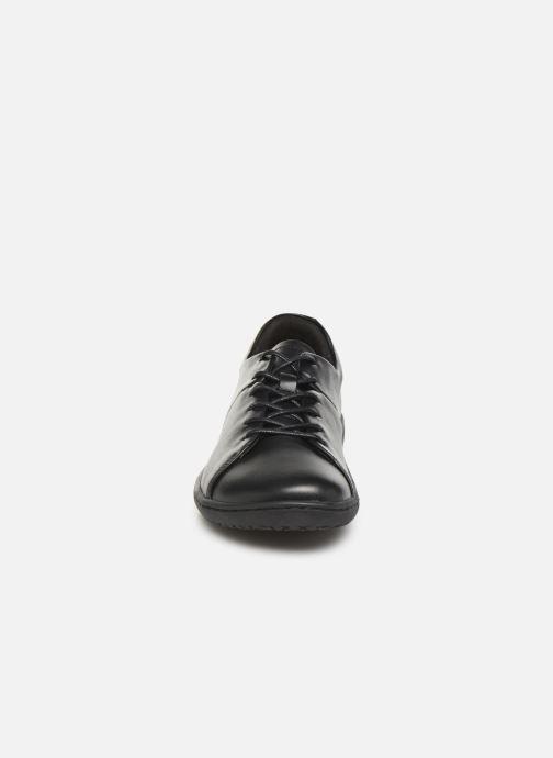 Sneakers Birkenstock ALBANY Nero modello indossato