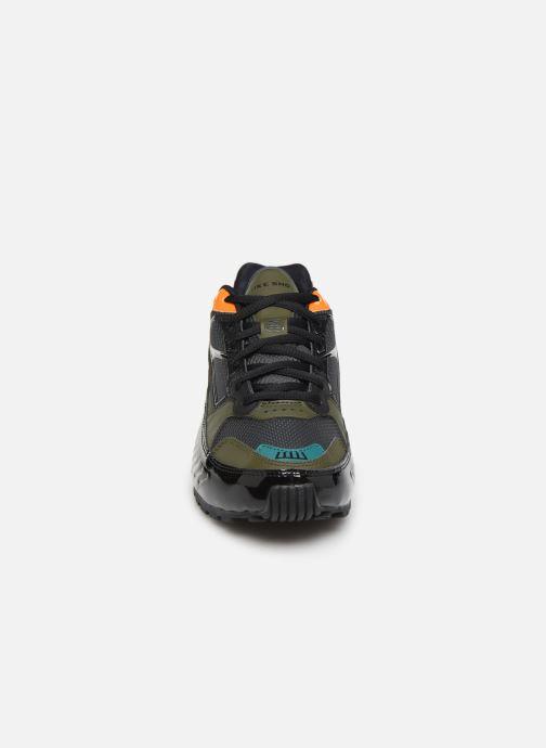 Baskets Nike W Nike Shox Enigma Multicolore vue portées chaussures