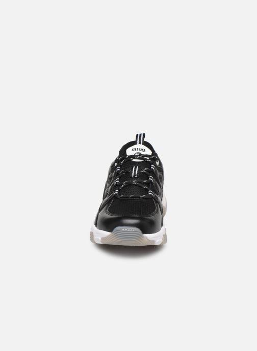 Sneaker MTNG Mesh yt 0849 schwarz schuhe getragen