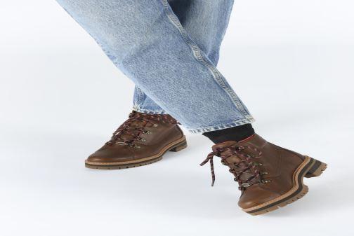 Bottines et boots Timberland Courmayeur Valley WP Hiker Marron vue bas / vue portée sac