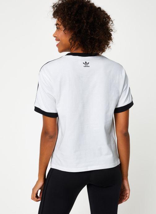 Vêtements adidas originals T-Shirt Blanc vue portées chaussures